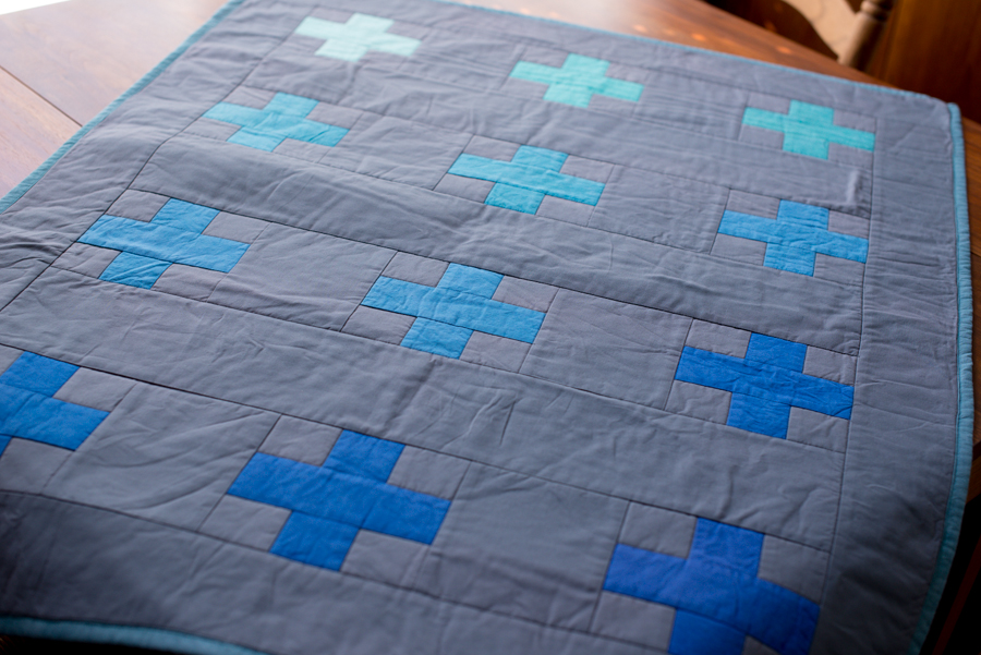 blue cross quilt-15